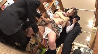 図書館で勉強中の真面目ウブ女子校生を固定媚薬バイブ拘束で人知れずイカセまくれ!_キャプチャ画像