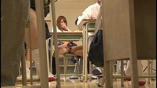 転校してきたばかりの同級生に手を出したら何度も失禁しながら感じ始めた…_キャプチャ画像