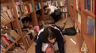 孕ませ図書館痴漢 拒否もできず、声も出せずに膣内射精されるがままイキ堕ちた地味で巨乳な女子校生 鈴木心春_キャプチャ画像
