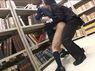 アイドル級の可愛さを誇る司書達を図書館で痴漢し放題!_キャプチャ画像