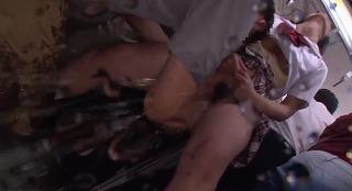 絶頂(((膝ガクガク)))痴漢 ローターとチ○ポの同時挿入で膣奥Gスポットを直撃され理性を失う女たち_キャプチャ画像