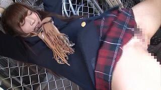 倉庫で助けを呼ぶマフラー娘に興奮し着衣挿入痴漢(栄川乃亜)_キャプチャ画像_07